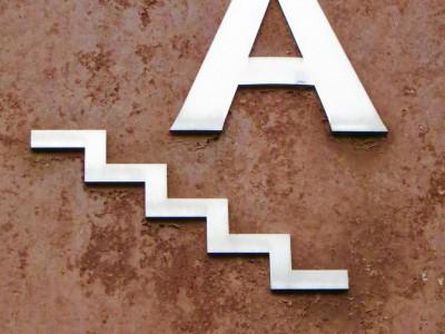 3d-letter-sign-09.jpg