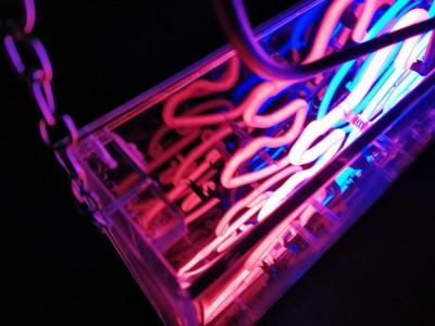 custom-neon-sign.jpg